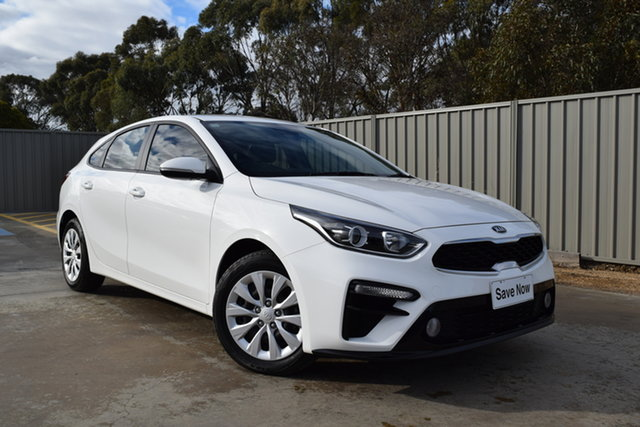 Used Kia Cerato BD MY20 S Echuca, 2019 Kia Cerato BD MY20 S White 6 Speed Sports Automatic Hatchback