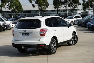 2013 Subaru Forester S4 2.5I-S White Constant Variable SUV.