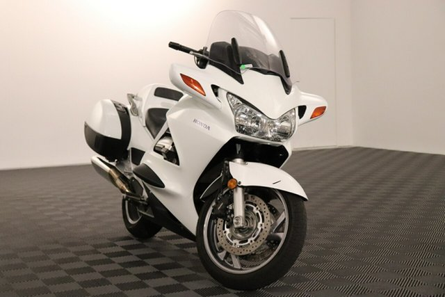 Used Honda ST1300 Acacia Ridge, 2017 Honda ST1300 White 5 speed Manual