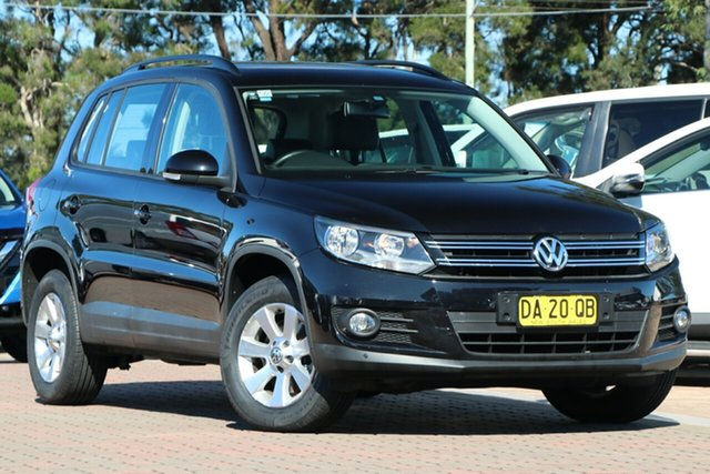 Pre-Owned Volkswagen Tiguan 5N MY14 132TSI DSG 4MOTION Pacific Warwick Farm, 2013 Volkswagen Tiguan 5N MY14 132TSI DSG 4MOTION Pacific Black 7 Speed Sports Automatic Dual Clutch