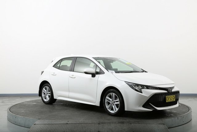 Used Toyota Corolla Mzea12R Ascent Sport i-MT Homebush, 2018 Toyota Corolla Mzea12R Ascent Sport i-MT White 6 Speed Manual Hatchback