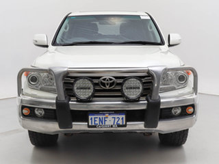 2012 Toyota Landcruiser VDJ200R MY12 VX (4x4) White 6 Speed Automatic Wagon.