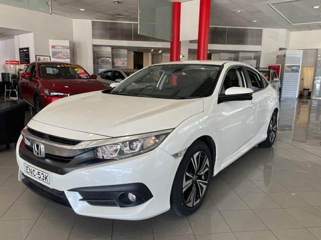 Used Honda Civic 10th Gen MY18 VTi-L Artarmon, 2018 Honda Civic 10th Gen MY18 VTi-L White 1 Speed Constant Variable Sedan