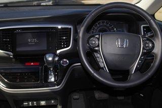 2019 Honda Odyssey RC MY20 VTi-L White 7 Speed Constant Variable Wagon