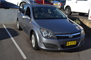 2006 Holden Astra AH MY06 CD Silver 4 Speed Automatic Wagon.