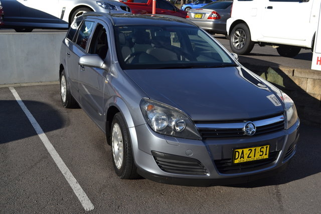 Used Holden Astra AH MY06 CD Maitland, 2006 Holden Astra AH MY06 CD Silver 4 Speed Automatic Wagon
