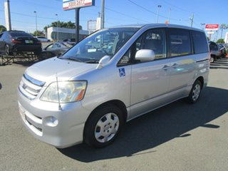 2006 Toyota Noah X Silver Van.