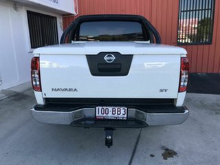 2011 Nissan Navara D40 MY11 ST White 6 Speed Manual Utility