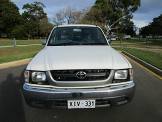 2004 Toyota Hilux RZN149R White 5 Speed Manual Dual Cab Pick-up.