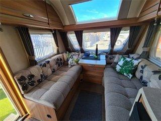 2014 Swift Explorer Caravan