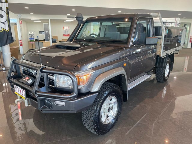 Used Toyota Landcruiser VDJ79R GXL Townsville, 2017 Toyota Landcruiser VDJ79R GXL Grey/200217 5 Speed Manual Cab Chassis