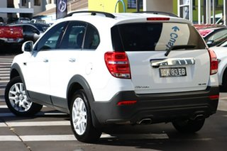 2016 Holden Captiva CG MY17 Active 2WD White 6 Speed Sports Automatic Wagon.