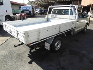 2005 Toyota Hilux TGN16R Workmate Silver 5 Speed Manual Cab Chassis.