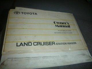 2004 Toyota Landcruiser HDJ100R GXL White 5 Speed Manual Wagon.