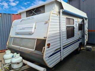 2005 Paramount Delta Caravan.