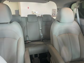 G10 9 Seat People Mover 1.9L T/D 6Spd Auto