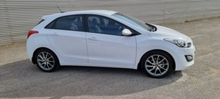 2013 Hyundai i30 GD2 SR White 6 Speed Sports Automatic Hatchback