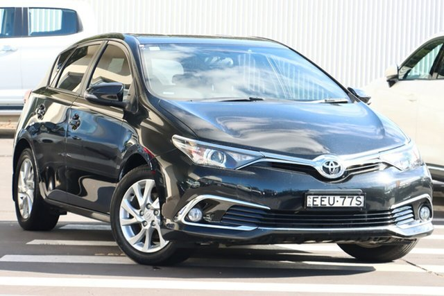 Used Toyota Corolla ZRE182R Ascent Sport S-CVT Wollongong, 2017 Toyota Corolla ZRE182R Ascent Sport S-CVT Black 7 Speed Constant Variable Hatchback