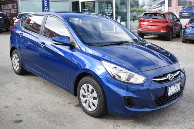 Used Hyundai Accent RB2 MY15 Active Ferntree Gully, 2015 Hyundai Accent RB2 MY15 Active Dazzling Blue 6 Speed Manual Hatchback