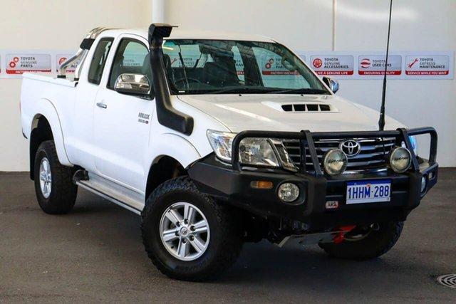 Pre-Owned Toyota Hilux KUN26R MY12 SR5 (4x4) Myaree, 2011 Toyota Hilux KUN26R MY12 SR5 (4x4) Glacier White 5 Speed Manual X Cab Pickup