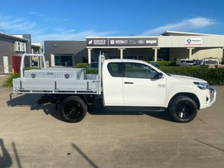 2018 Toyota Hilux GUN126R SR Extra Cab White 6 Speed Sports Automatic Cab Chassis.