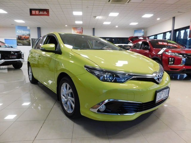 Used Toyota Corolla ZRE182R SX S-CVT Wonthaggi, 2015 Toyota Corolla ZRE182R SX S-CVT Yellow 7 Speed Constant Variable Hatchback