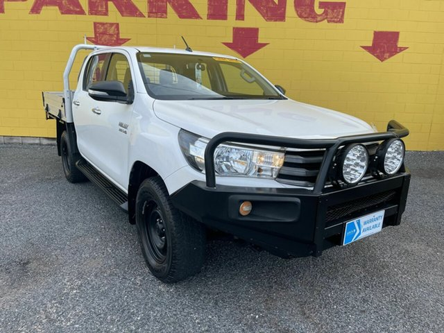 Used Toyota Hilux GUN126R SR Double Cab Winnellie, 2015 Toyota Hilux GUN126R SR Double Cab White 6 Speed Manual Cab Chassis