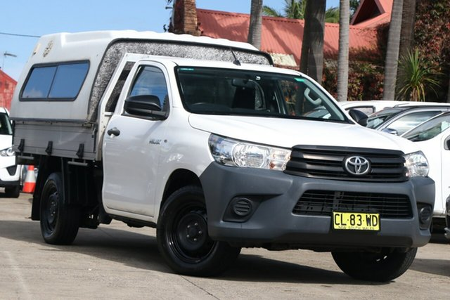 Pre-Owned Toyota Hilux TGN121R Workmate Mosman, 2017 Toyota Hilux TGN121R Workmate Glacier White 6 Speed Automatic Cab Chassis