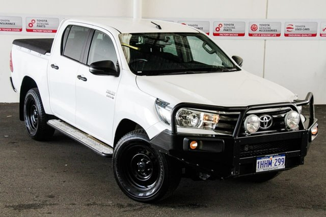 Pre-Owned Toyota Hilux GUN126R MY17 SR (4x4) Rockingham, 2017 Toyota Hilux GUN126R MY17 SR (4x4) Glacier White 6 Speed Automatic Dual Cab Utility