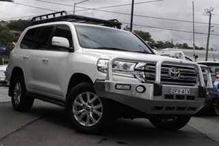 2016 Toyota Landcruiser VDJ200R VX White 6 Speed Sports Automatic Wagon.