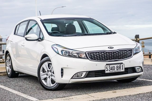 Used Kia Cerato YD MY17 S Christies Beach, 2017 Kia Cerato YD MY17 S White 6 Speed Sports Automatic Hatchback