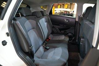 2013 Nissan Dualis J10W Series 4 MY13 TS Hatch 2WD White 6 Speed Manual Hatchback