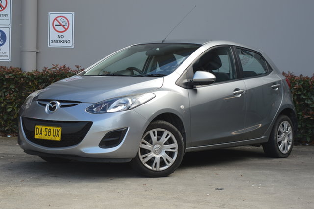 Used Mazda 2 DE10Y2 MY13 Neo Maitland, 2013 Mazda 2 DE10Y2 MY13 Neo Silver, Chrome 5 Speed Manual Hatchback