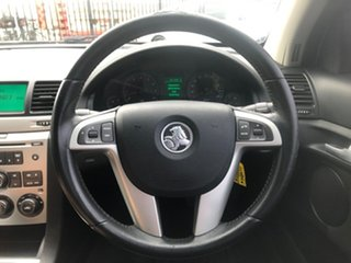 2009 Holden Commodore VE MY09.5 International White 4 Speed Automatic Sedan