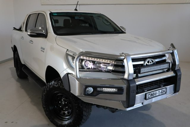 Used Toyota Hilux GUN126R SR5 Double Cab Wagga Wagga, 2017 Toyota Hilux GUN126R SR5 Double Cab White 6 Speed Sports Automatic Utility