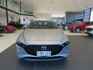 Mazda 3 G25 SKYACTIV-MT Evolve Hatchback.