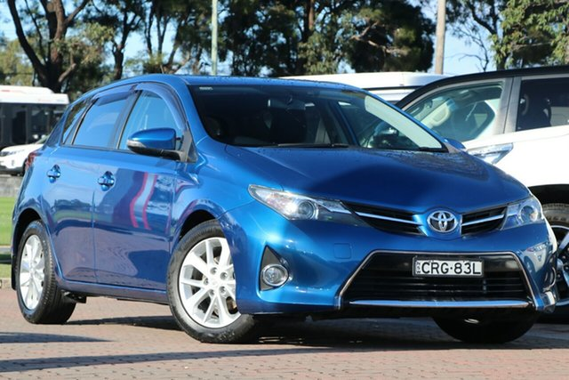 Pre-Owned Toyota Corolla ZRE182R Ascent Sport S-CVT Warwick Farm, 2013 Toyota Corolla ZRE182R Ascent Sport S-CVT Tidal Blue 7 Speed Constant Variable Hatchback