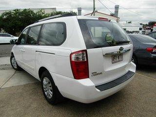 2010 Kia Grand Carnival VQ MY11 SI White 6 Speed Sports Automatic Wagon.