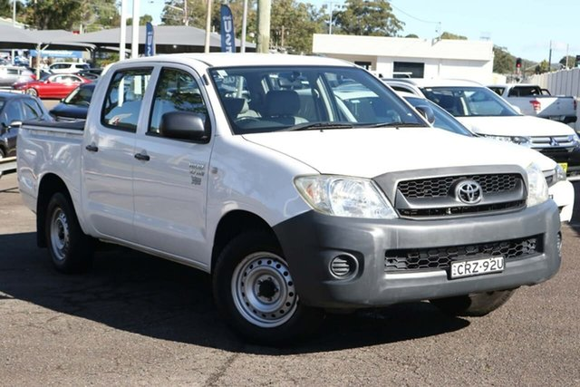 Used Toyota Hilux TGN16R MY10 Workmate 4x2 North Gosford, 2009 Toyota Hilux TGN16R MY10 Workmate 4x2 White 5 Speed Manual Utility