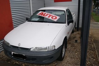 1997 Holden Commodore VSII White 4 Speed Automatic Utility.
