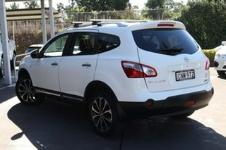 2012 Nissan Dualis J107 Series 3 MY12 +2 X-tronic AWD Ti-L White 6 Speed Constant Variable Hatchback.
