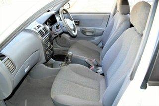 2002 Hyundai Accent LC GL White 5 Speed Manual Sedan