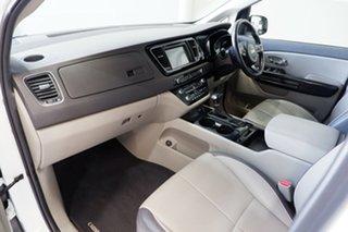 2017 Kia Carnival YP MY17 SLi White 6 Speed Sports Automatic Wagon