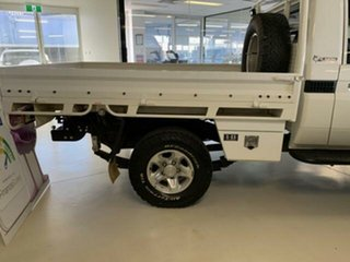 2017 Toyota Landcruiser LC70 VDJ79R MY17 Workmate (4x4) White 5 Speed Manual Cab Chassis