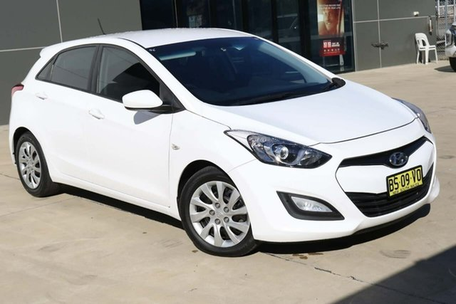 Used Hyundai i30 GD Active Tuggerah, 2012 Hyundai i30 GD Active White 6 Speed Sports Automatic Hatchback