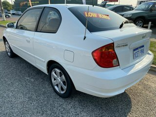 2006 Hyundai Accent LS 1.6 White 4 Speed Automatic Hatchback.