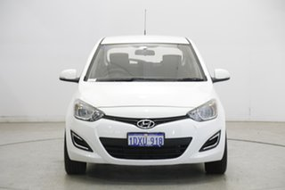 2012 Hyundai i20 PB MY12 Active Coral White 5 Speed Manual Hatchback.