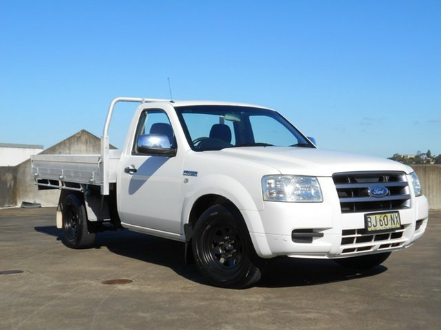 Used Ford Ranger PJ XL Brookvale, 2006 Ford Ranger PJ XL White 5 Speed Manual Cab Chassis