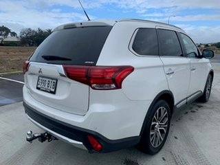2015 Mitsubishi Outlander ZK MY16 Exceed 4WD White 6 Speed Constant Variable Wagon