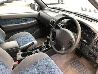 2000 Nissan Pathfinder WX II ST White 4 Speed Automatic Wagon